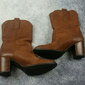 Born Mid Calf Western Style Boots